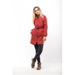 Женская куртка на осень красная