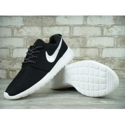Кроссовки Nike roshe run white/black