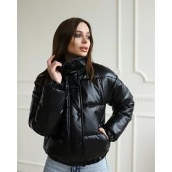 Женская короткая куртка из эко кожи