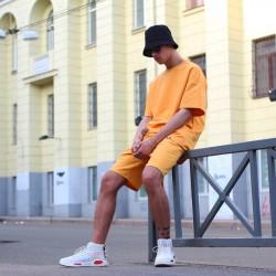 Шорты оранжевые