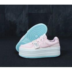 Кроссовки Nike Vandal 2k pink
