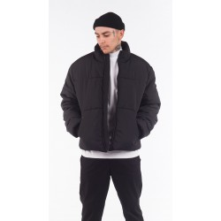 Чёрная куртка на зиму
