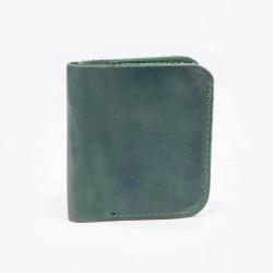 Классический кошелек зеленого цвета