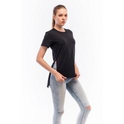 Женская футболка удлинённая сзади